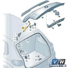 Амортизатор крышки багажника Volkswagen Tiguan - замена